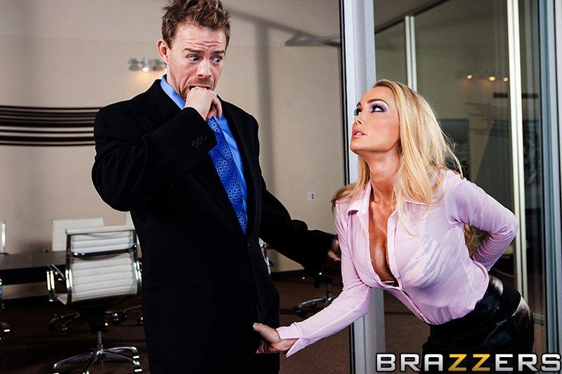 Секретарши порно в одежде