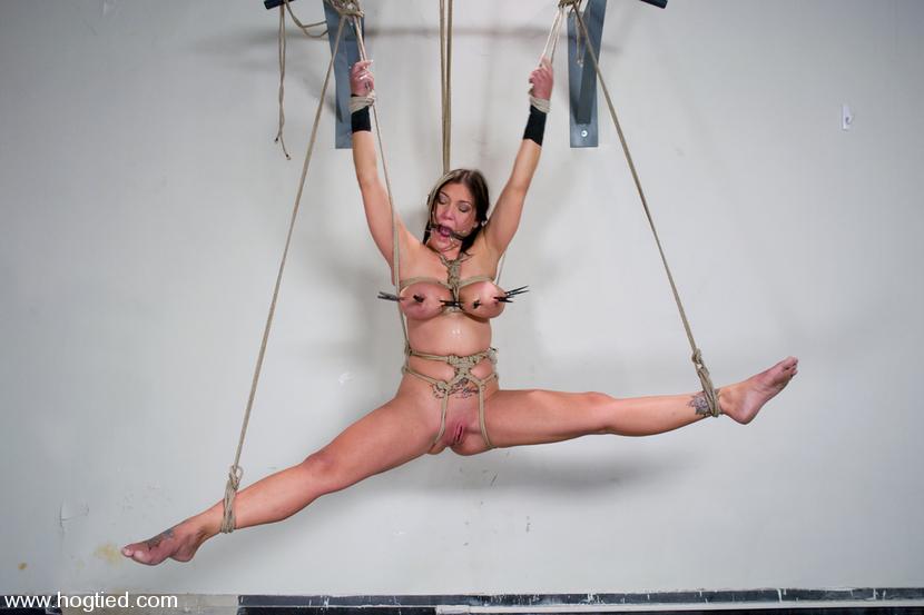 Порно фото садо мазо сиськи зажимы фото 754-128