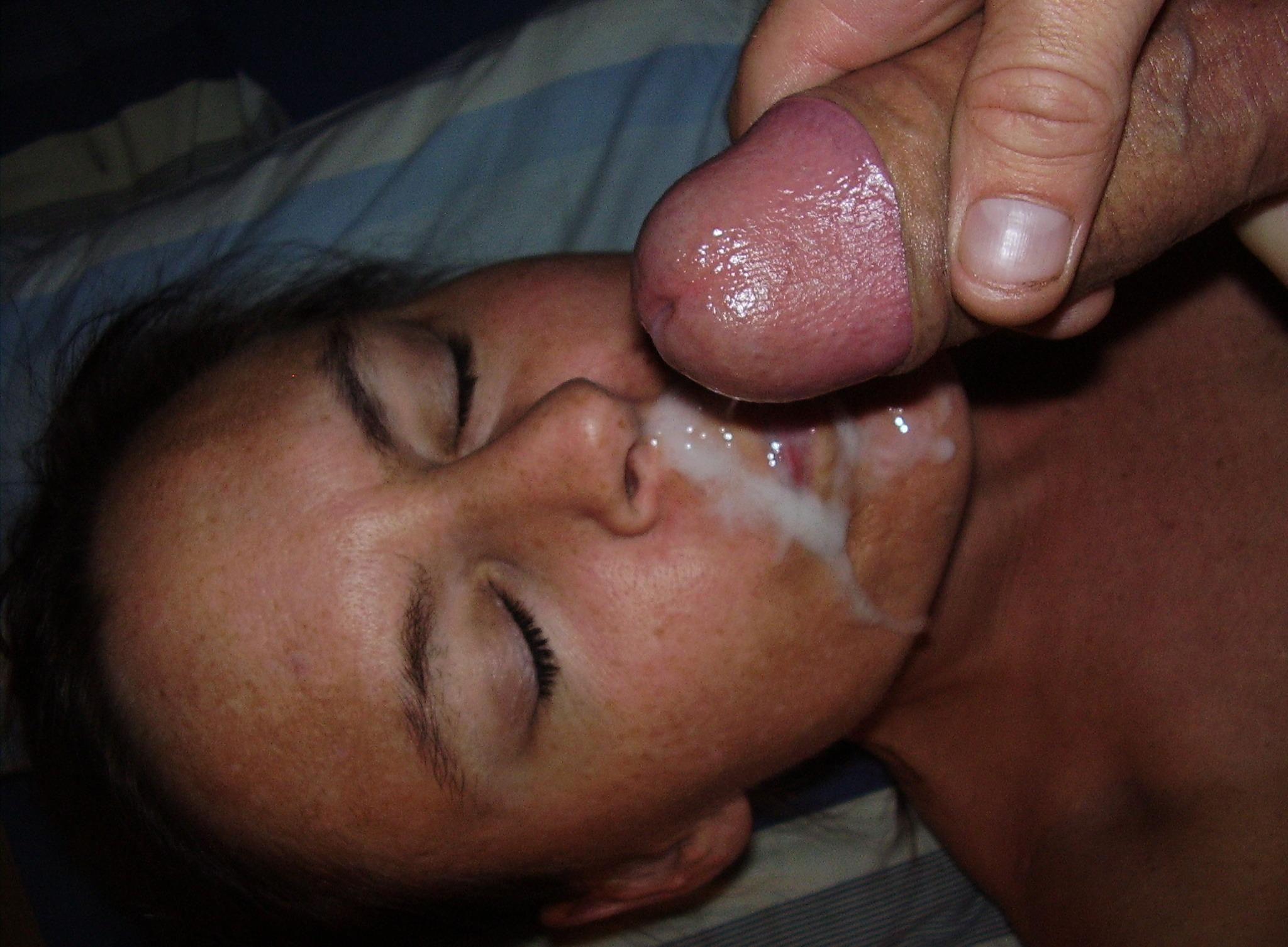 Хуй ворту сперма из ушей