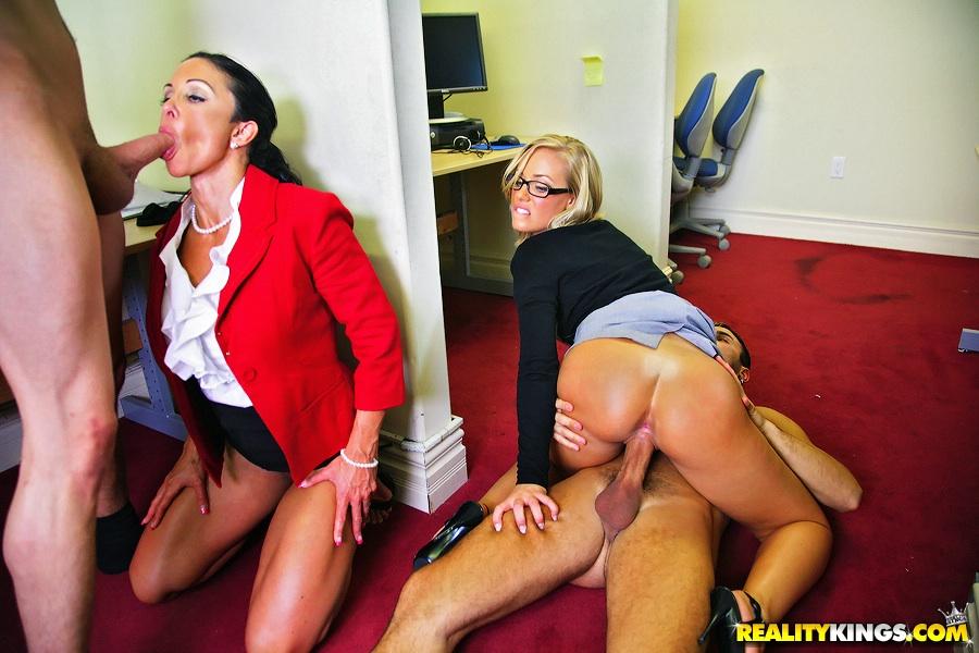 Порно фото секретутки 74217 фотография