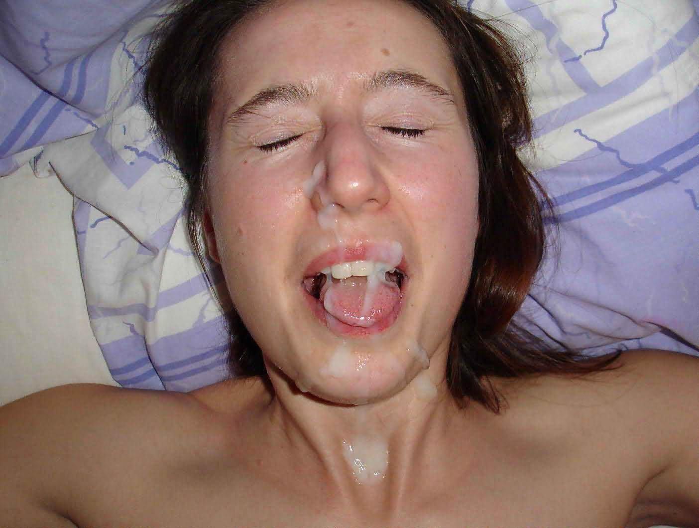 Сперма на лицах ведущих, Телеведущие глотают сперму в эфире Частное видео 6 фотография