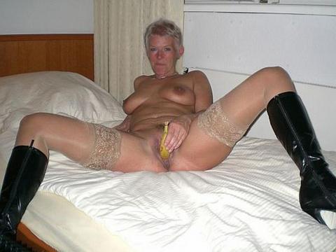 Мама с дочкой в лифчиках порно